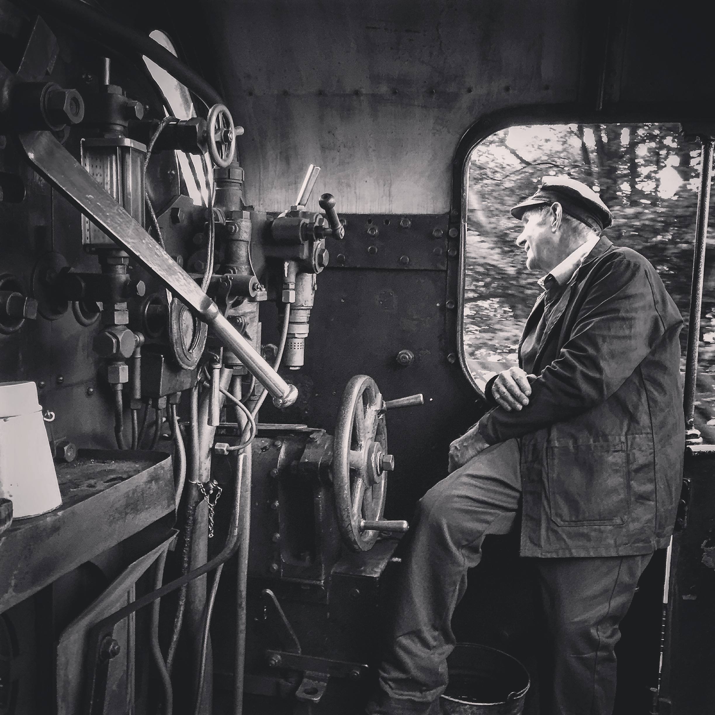 NYMR Driver Dave Jackson on 25/09/15.